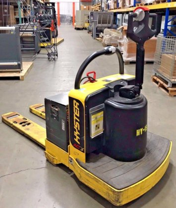 Hyster, B60Z, Electric Rider Pallet Jack, 6000 lbs Capacity, 24V